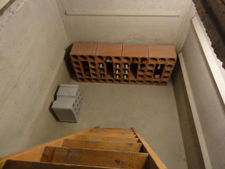 cave vin b ton fabricant de cave enterr e pr fabriqu e. Black Bedroom Furniture Sets. Home Design Ideas